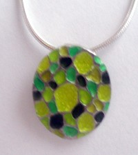 Green oval pendant